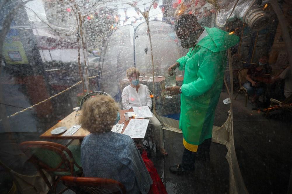 ozgur_gazete_kibris_Restoranlarda_yeni_konsept_Sosyal_mesafe_balonlari4