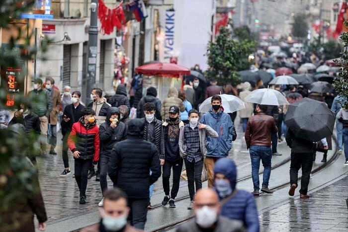 ozgur_gazete_kibris_istiklal_caddesi