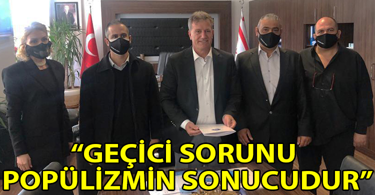ozgur_gazete_kibris_gecici_sorunu_populizmin_sorunudur