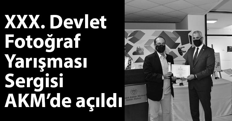 ozgur_gazete_kibris_akm_acilis_sergi